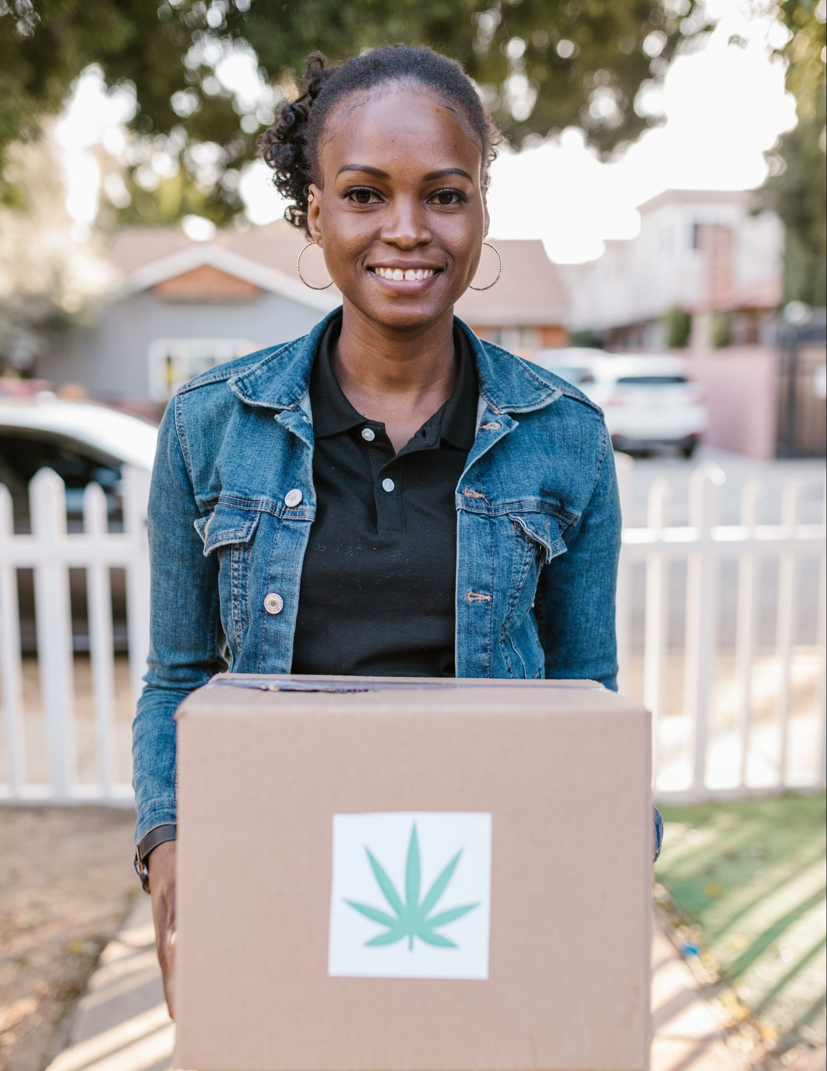 The Benefits & Limitations of Cannabis Delivery & Transport